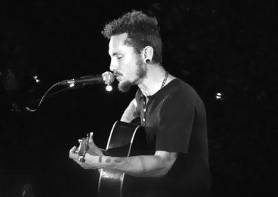 JOHN-BUTLER-@-Les-Nuits-Guitares-2009