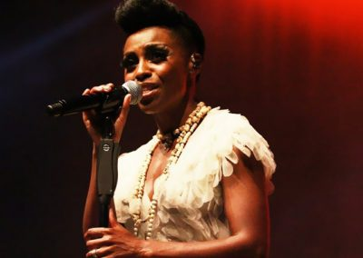 SKYE-EDWARDS-MORCHEEBA-@-Crazy-Week-2014